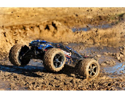 Фото №8 - Автомобиль Traxxas E-Revo Brushless Monster 1:10 RTR 582 мм 4WD 2,4 ГГц (56087-1 Blue)