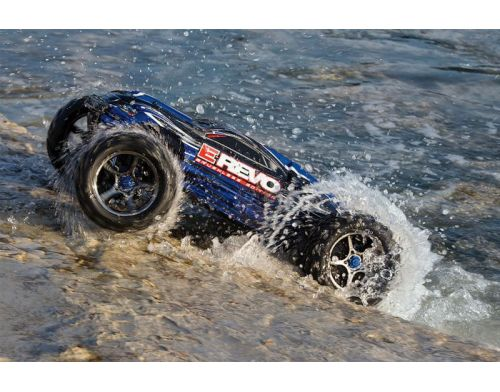 Фото №11 - Автомобиль Traxxas E-Revo Brushless Monster 1:10 RTR 582 мм 4WD 2,4 ГГц (56087-1 Blue)
